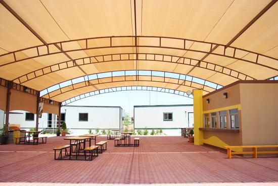Aulas móviles en Cetys Universidad Mexicali