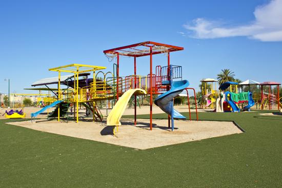 Juegos para niños en Parque Centenario Mexicali