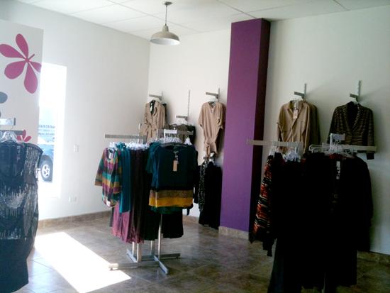 Moda Chic estantes de ropa