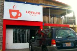 Love-In Café
